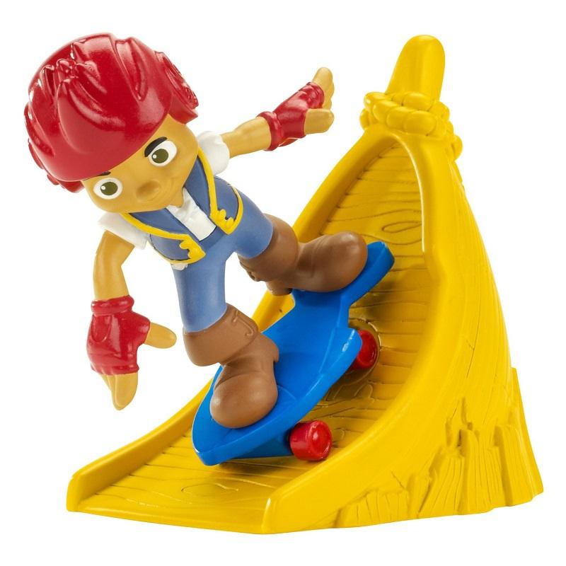 Маленькие фигурки пиратов Fisher Price Детский мир 579.000