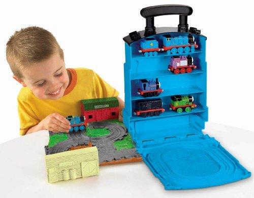 Чемоданчик для хранения паровозиков Thomas & Friends Детский мир 1099.000